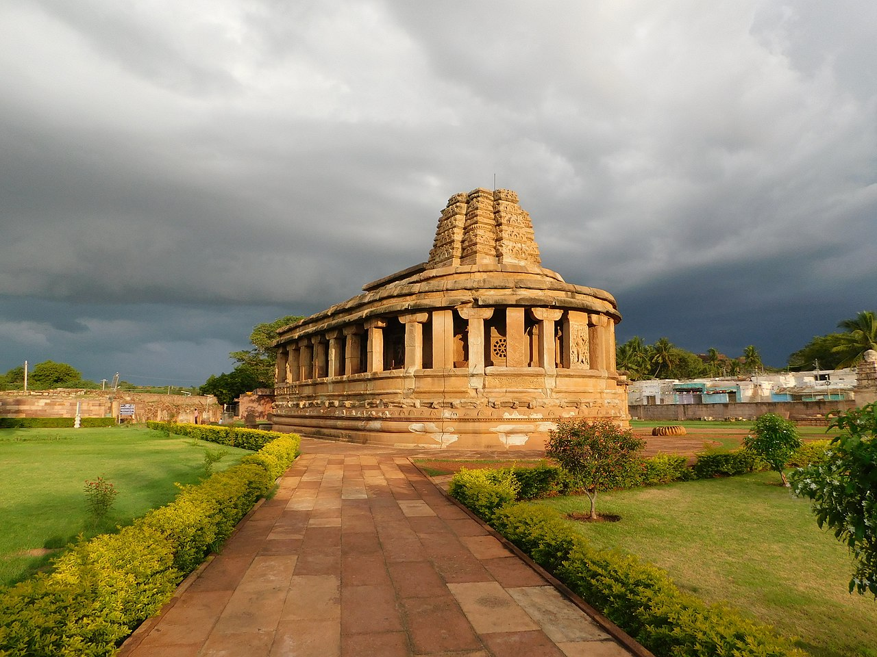 Durga Temple, Aihole - Top Famous Temple to Visit in Karnataka
