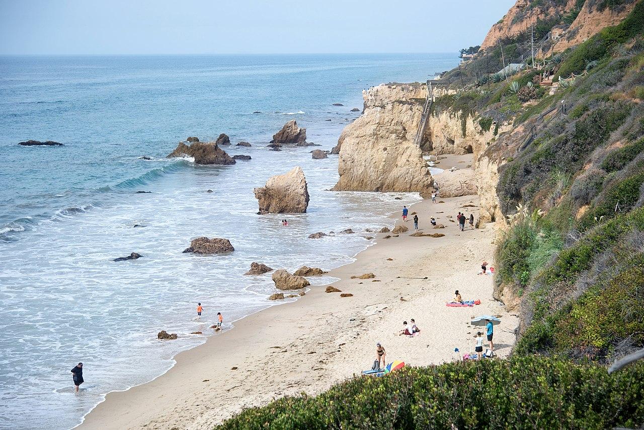 El Matador State Beach - Prettiest Beach Of Los Angeles