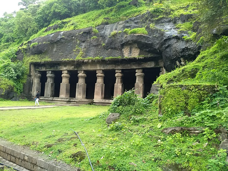 Elephanta Caves Visit Places in Mumbai