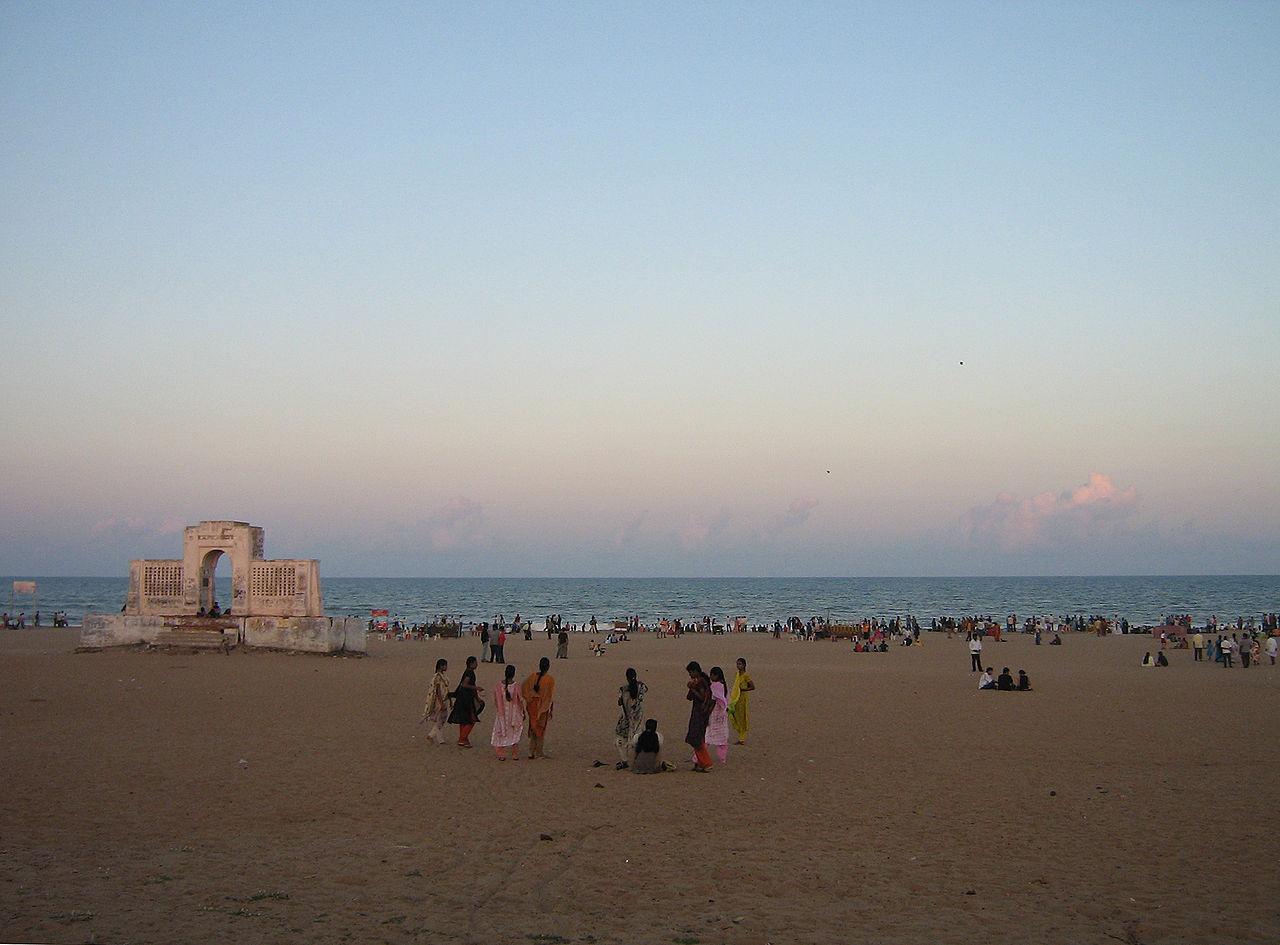 Amazing beach in Chennai For Kids & Families-Elliot's Beach
