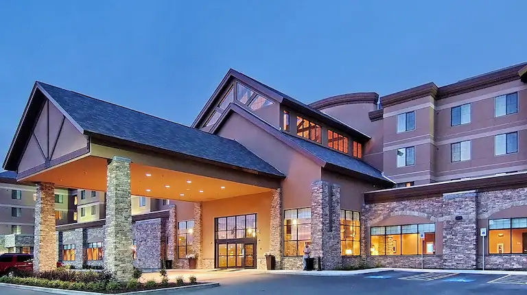 Embassy Suites by Hilton Anchorage - Best Luxury Hotel in Alaska