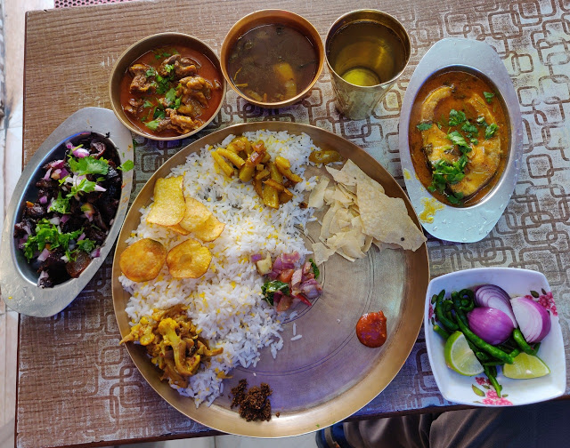 Enjoying A Delicious Meal With Live Music | Things in Darjeeling That Every Traveler Must Do