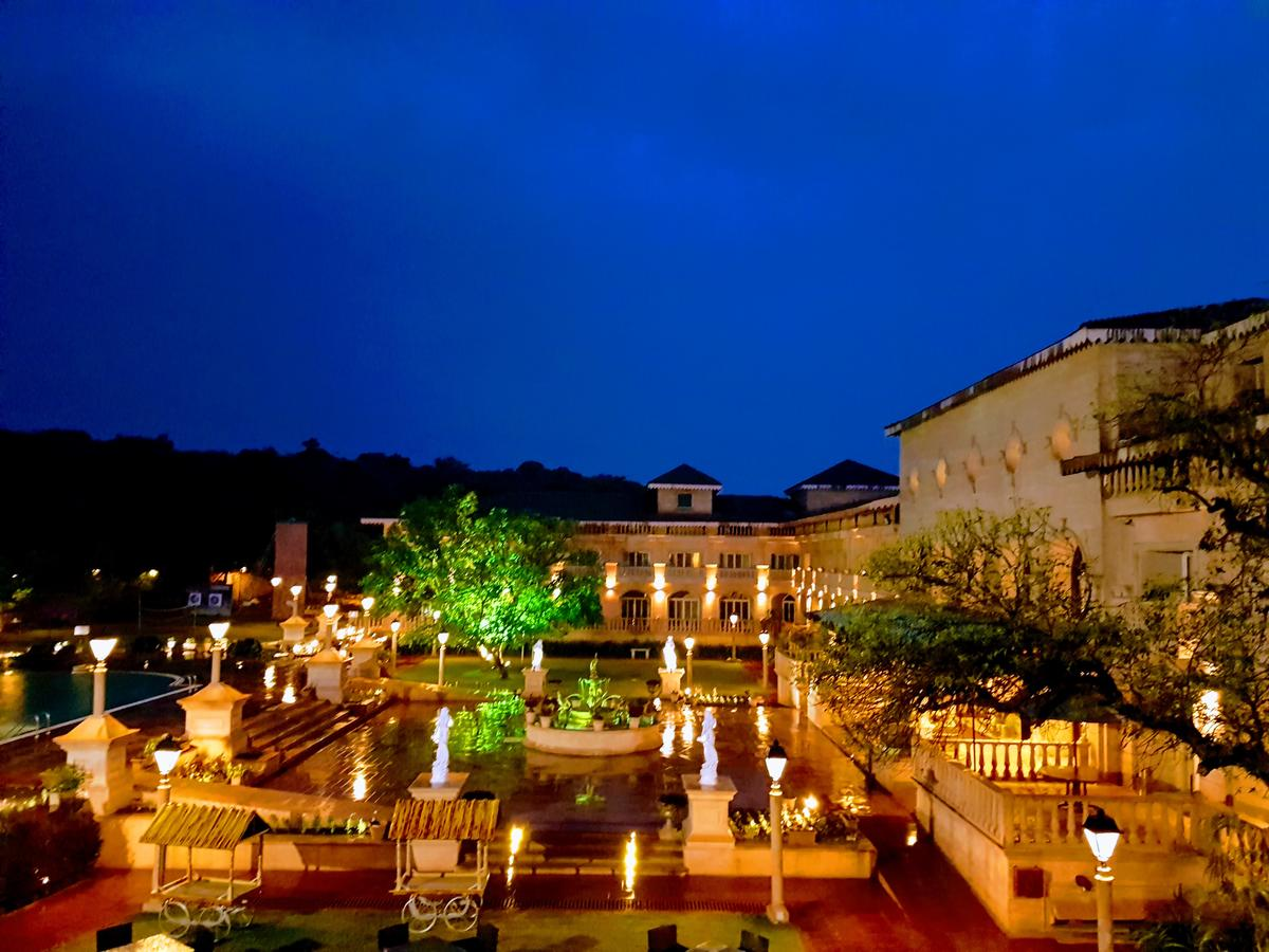 Best Luxury Hotels in Mahabaleshwar - Evershine Resort