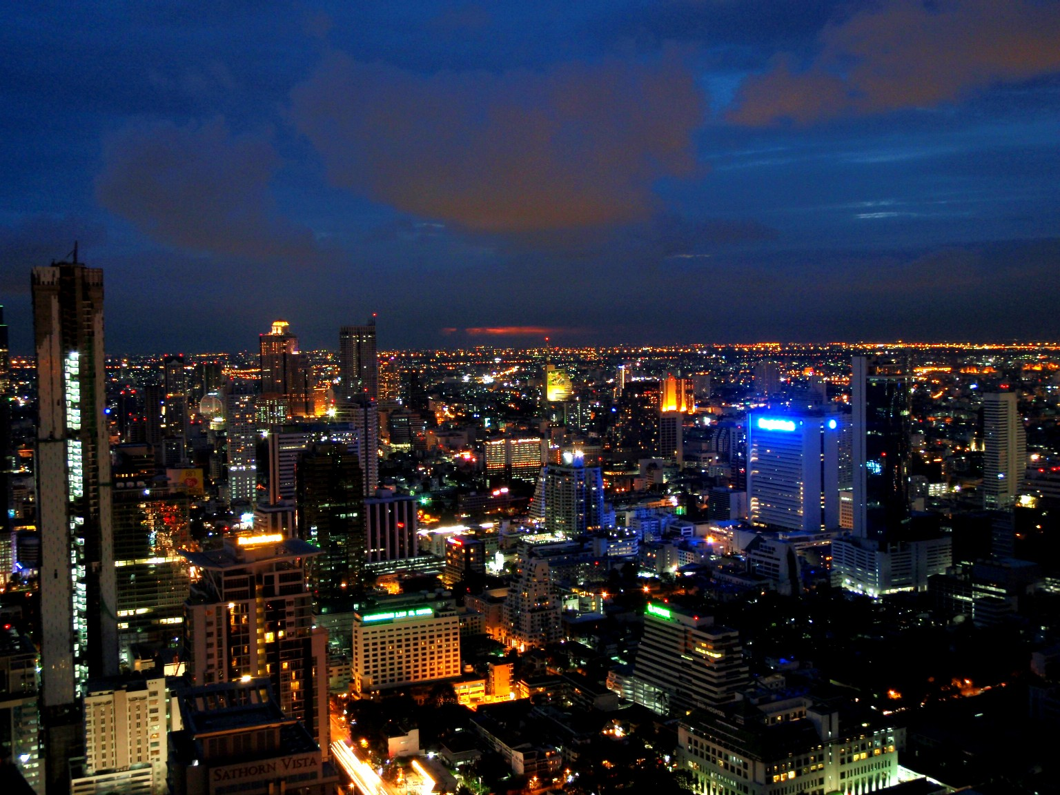 Best Thailand Places to Visit-Buzzing City of Bangkok