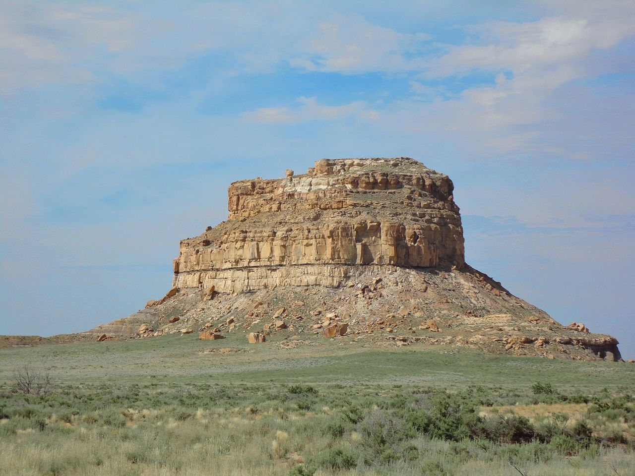 Must-Visit Attraction of New Mexico-Fajada Butte