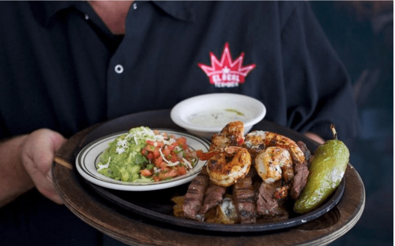 Popular Food You Should Try On Your Trip To Houston-Fajitas