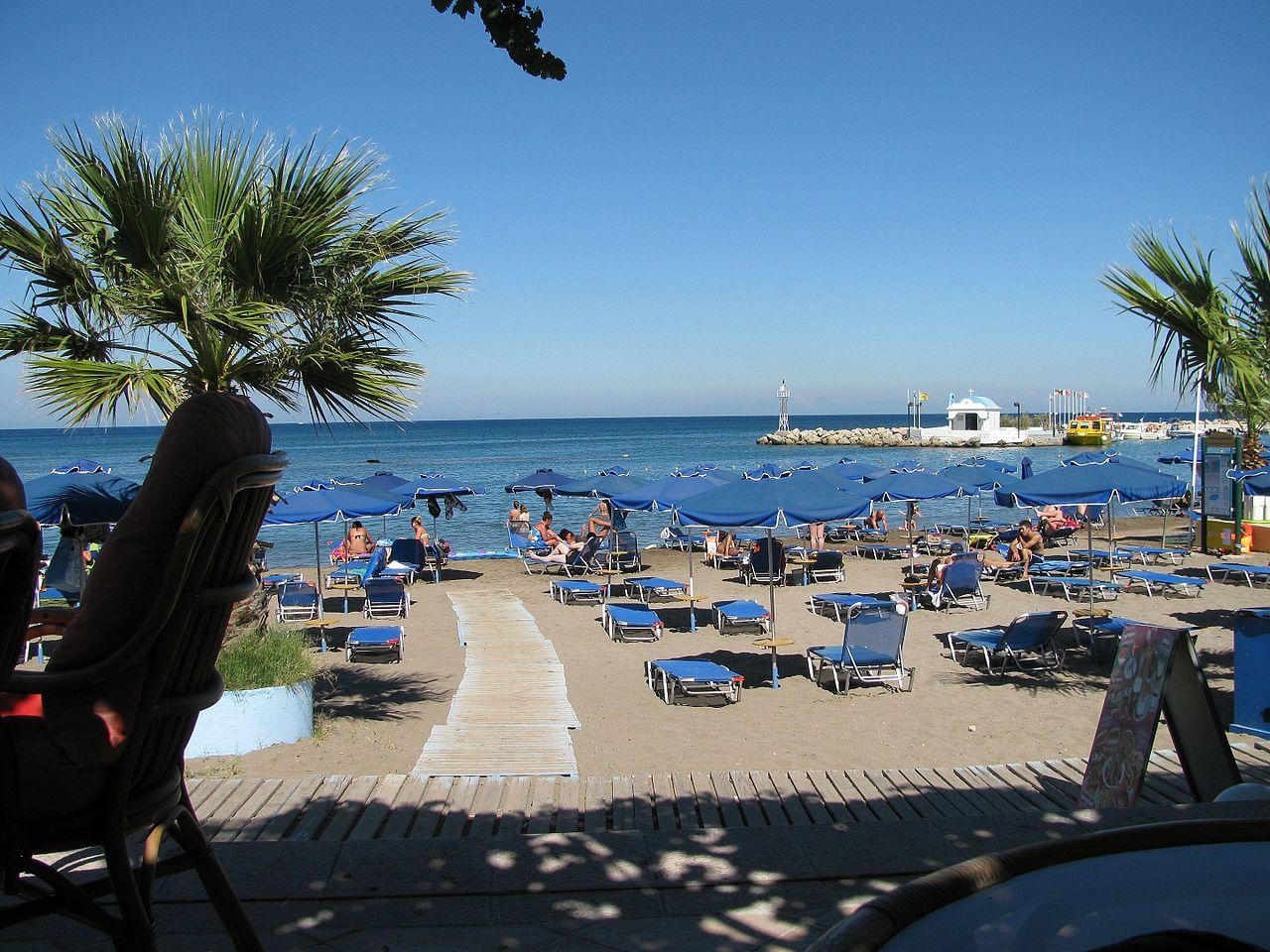 11 Amazing Beaches of Rhodes Island