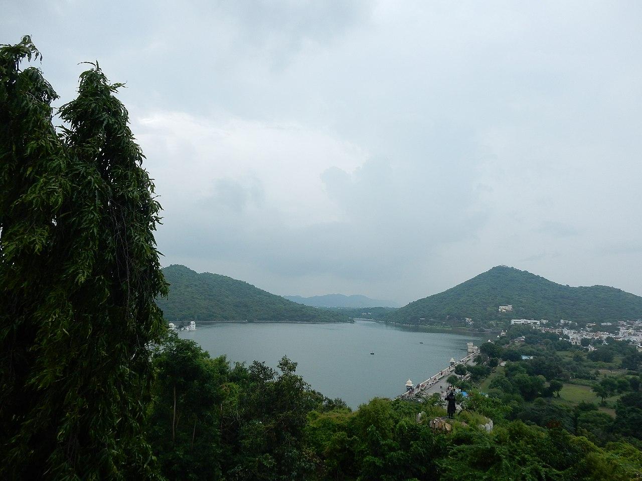 Incredible Lake That One Must-Visit in Rajasthan-Fateh Sagar Lake, Udaipur
