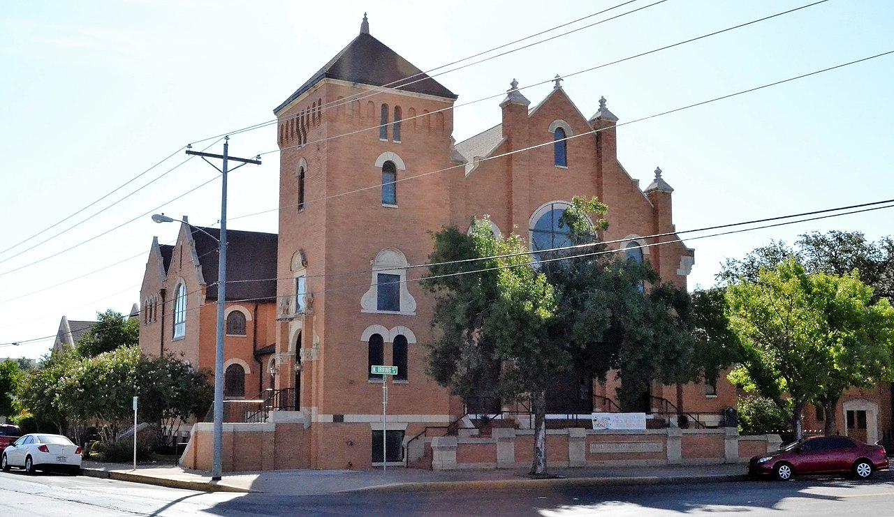Nice Historic Church in San Antonio-First Presbyterian Church