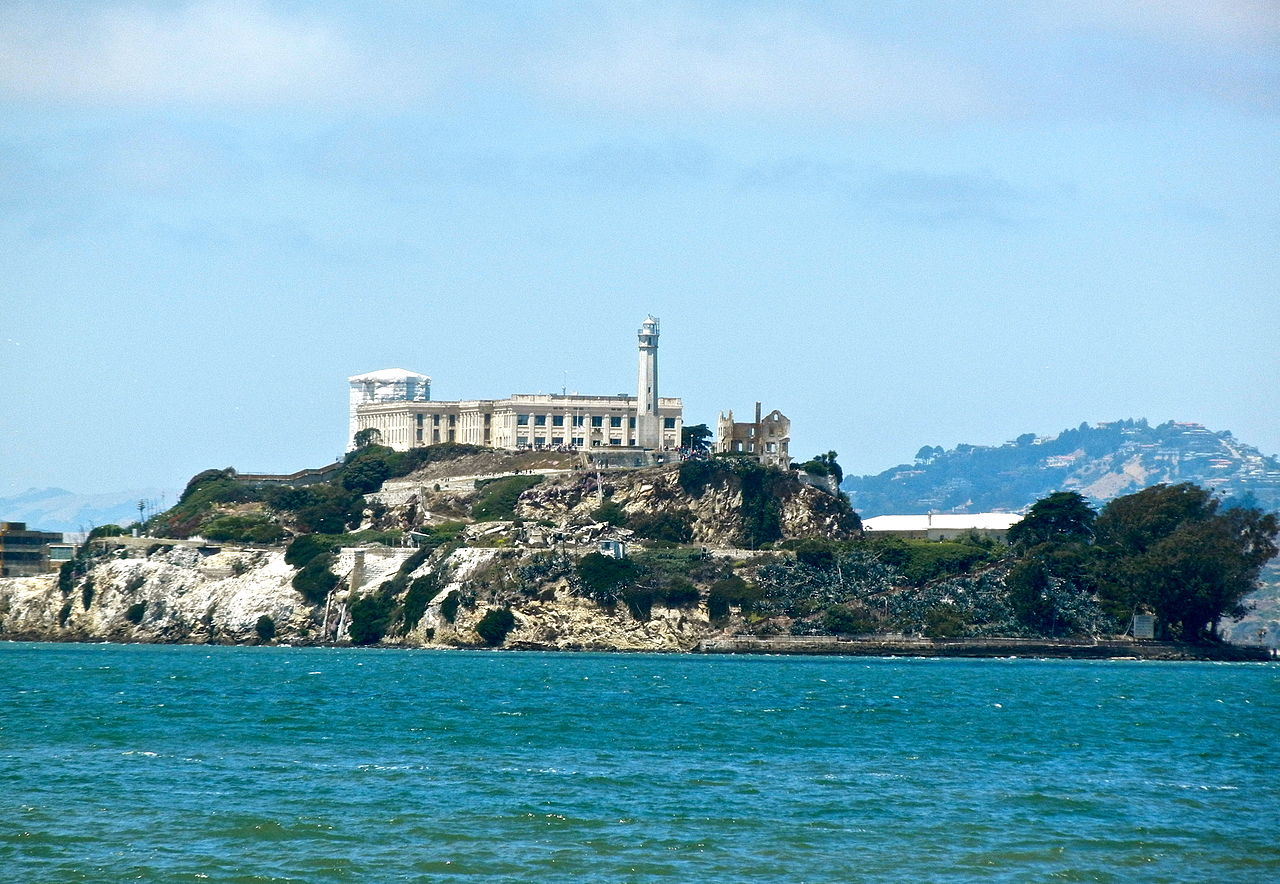 Amazing Place to Visit In California-Fisherman's Wharf and Alcatraz Island