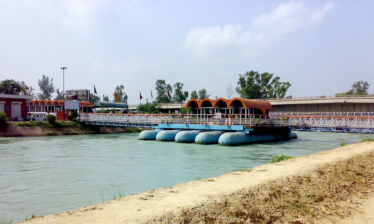 Place to Visit in Sirhind-Floating Restaurant