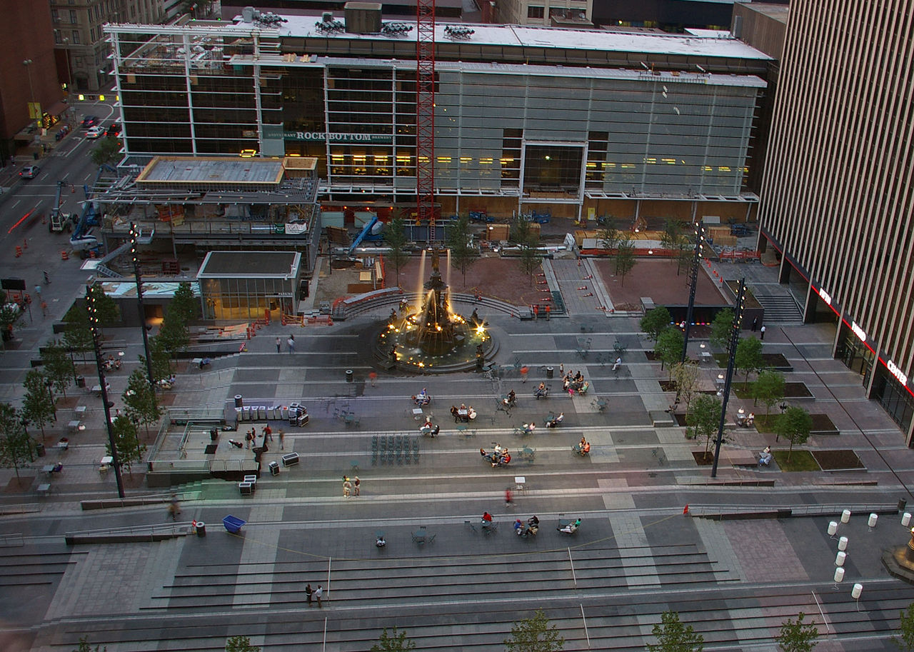 Nice Place to Visit In South Ohio-Fountain Square
