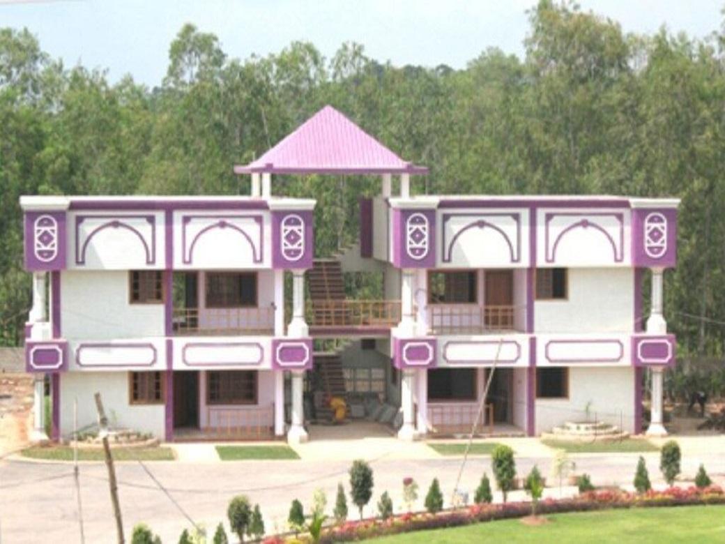 Best Mid–Range Hotel in Chhattisgarh-Ganpati Resorts
