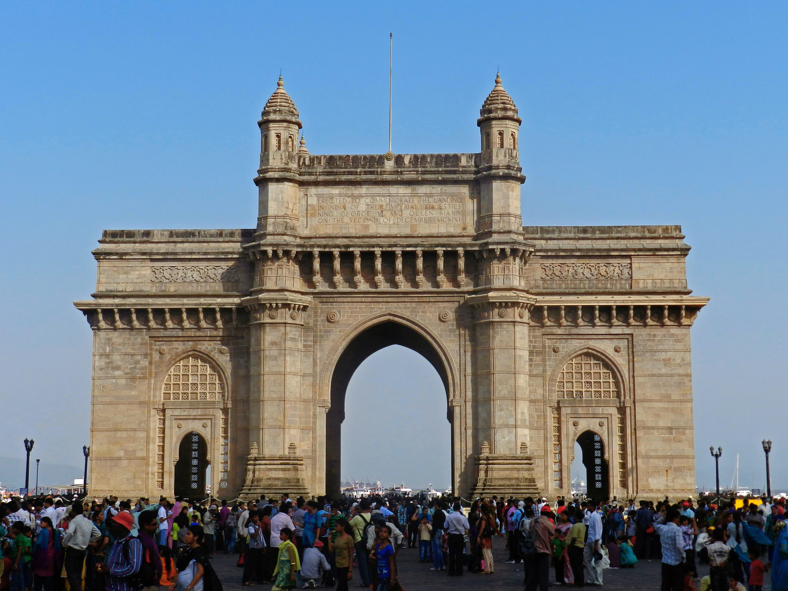 Gateway of India Must-Visit Places in Mumbai