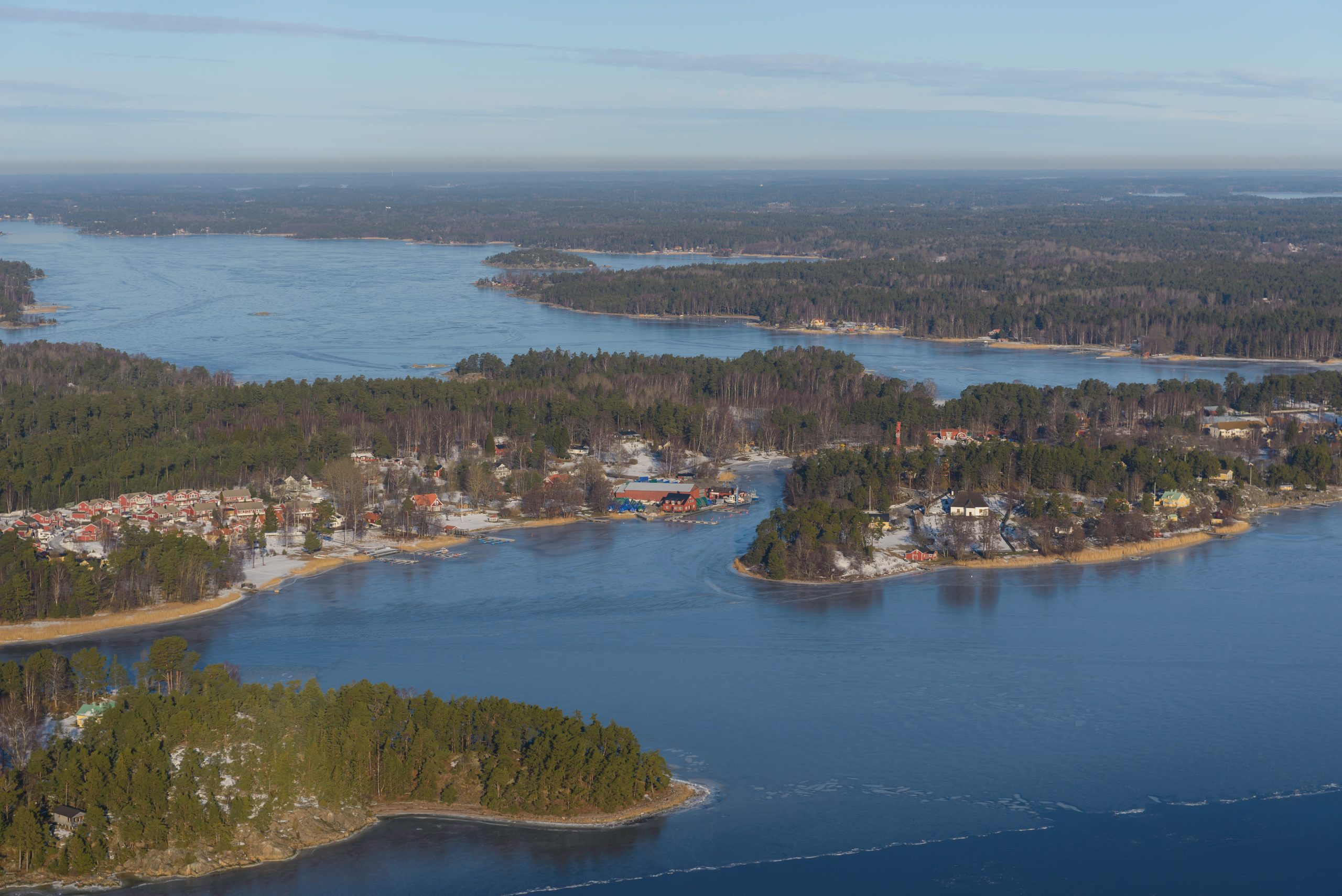 Sweden Travel : Sweden Country Profile, Travel Information, History, Facts, Geography, Demography