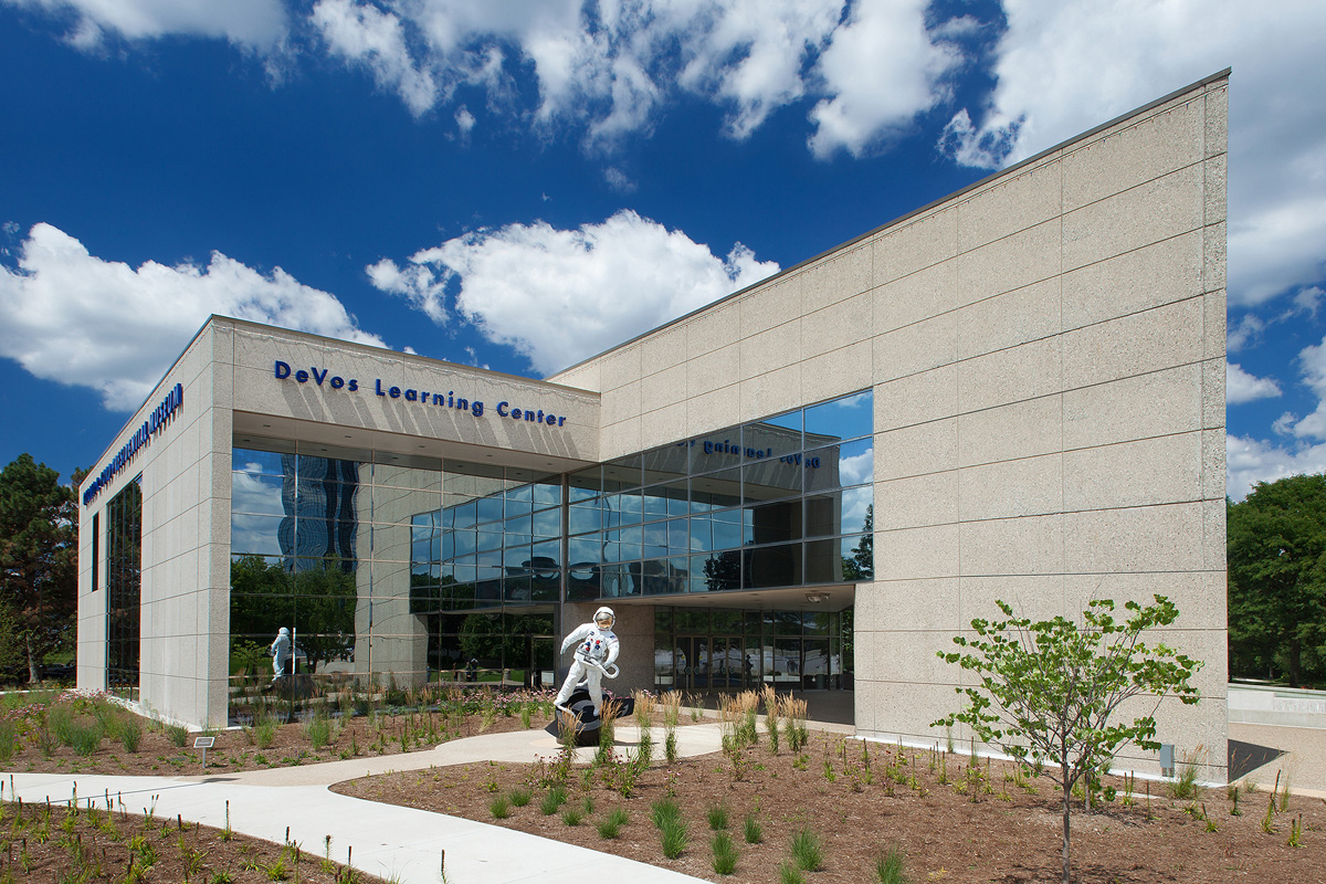 Amazing Tourist Attraction in Grand Rapids-Gerald R. Ford Museum