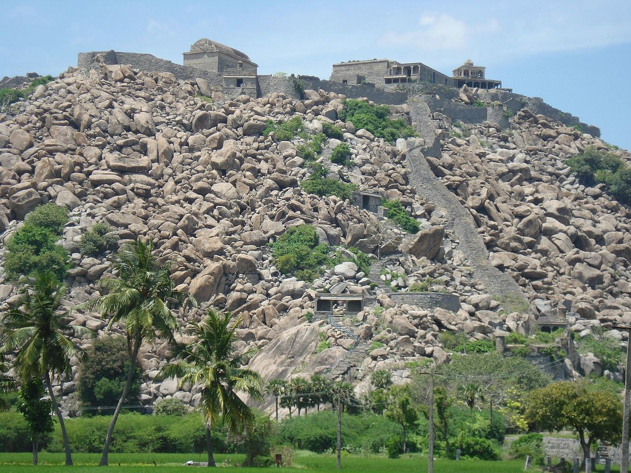 The Magnificent Gingee Fort