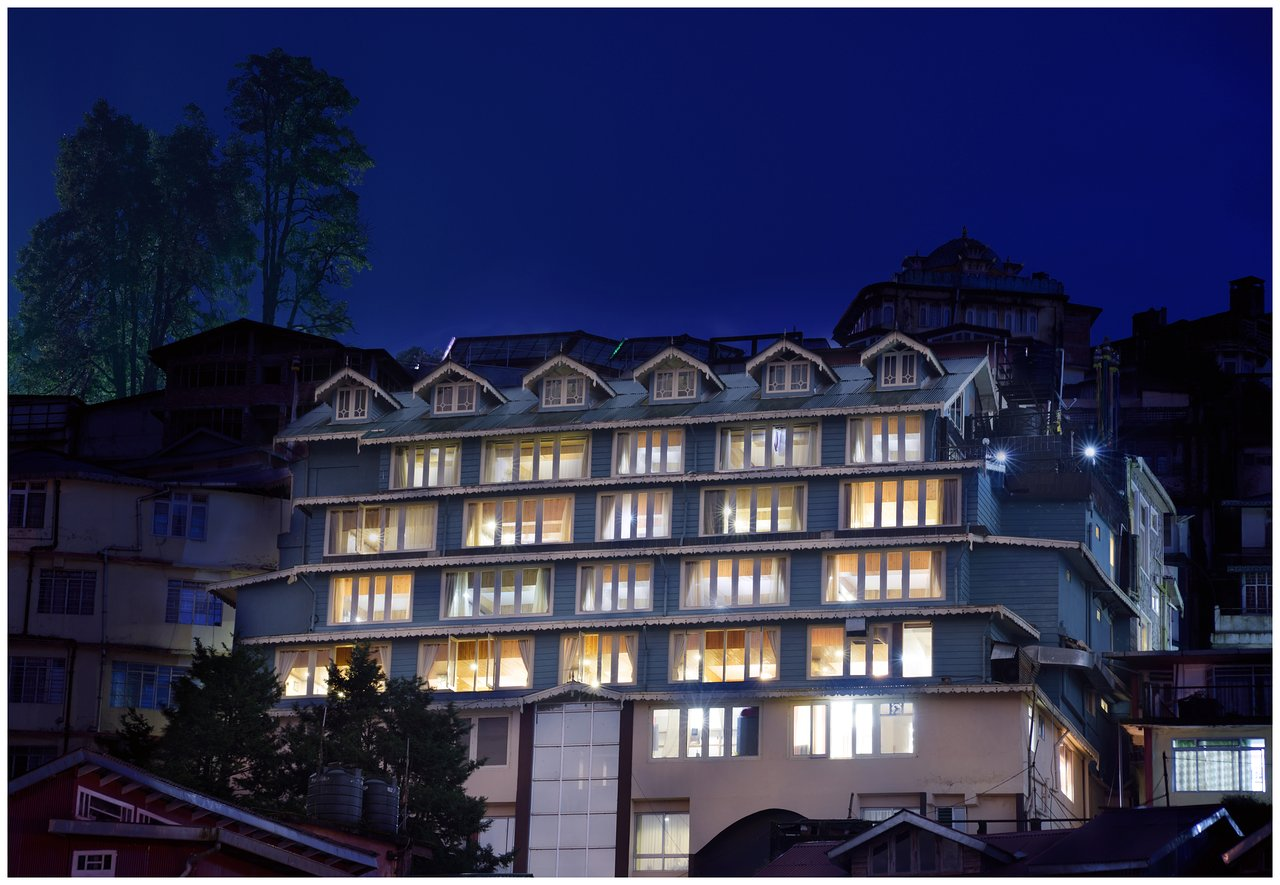 Golden Heights Enclave - Best Midrange Hotels to Stay in Darjeeling