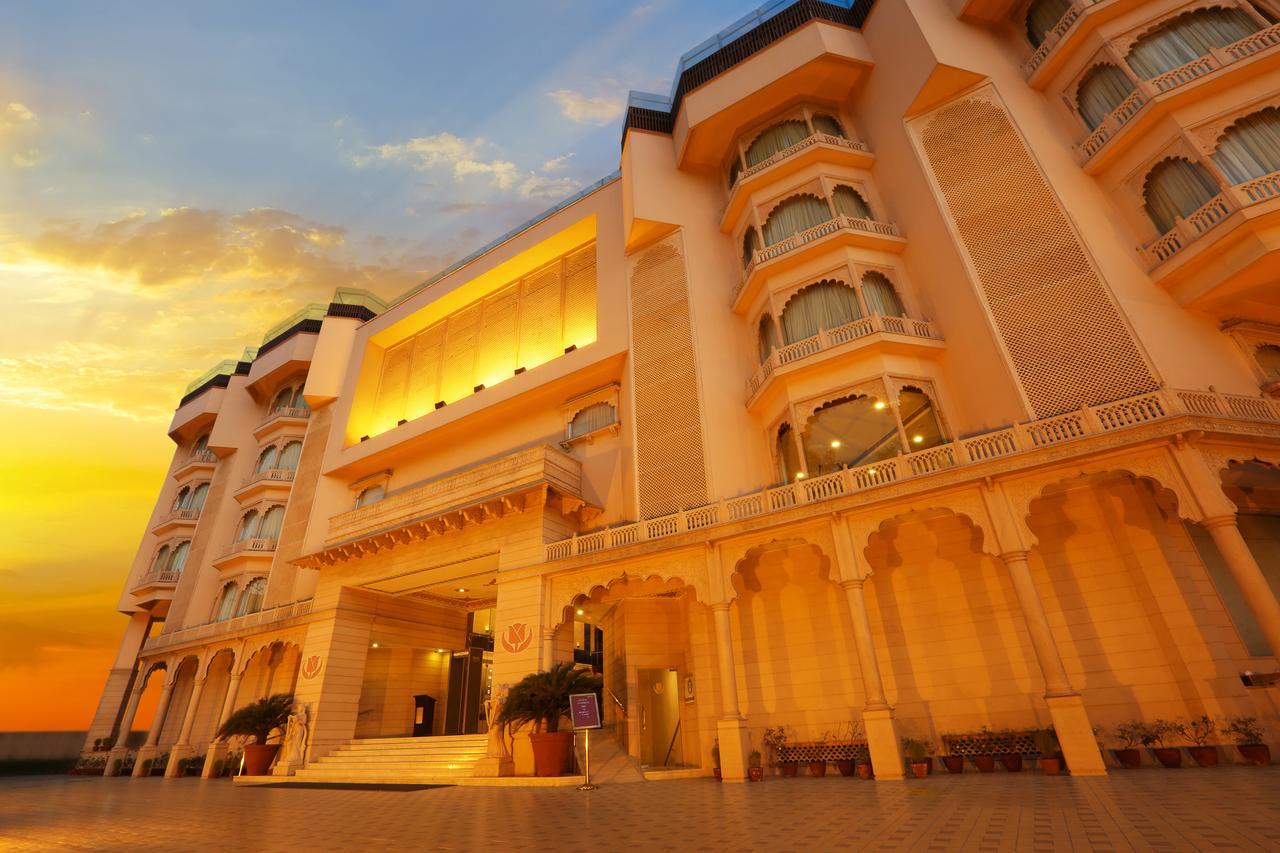 Top Mid-Range Hotel in Jaipur-Golden Tulip Hotel