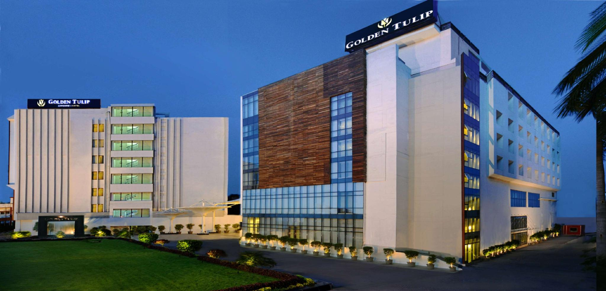 Golden Tulip Mid-Range Hotel in Lucknow
