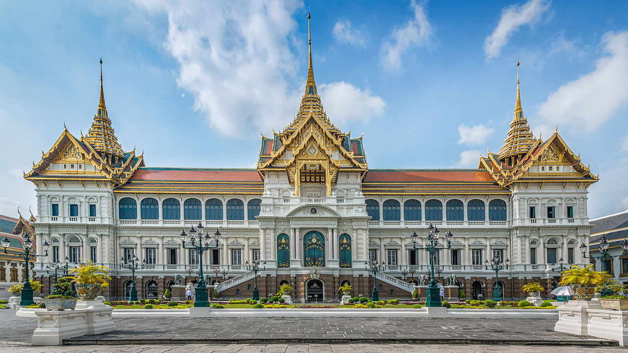 Top Sight-Seeing Place to Visit in Bangkok-Grand Palace