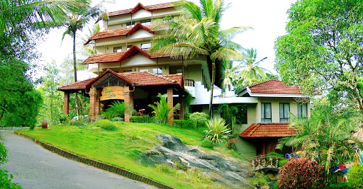 Best Restaurant to Try in Wayanad - Green Gates Restaurant