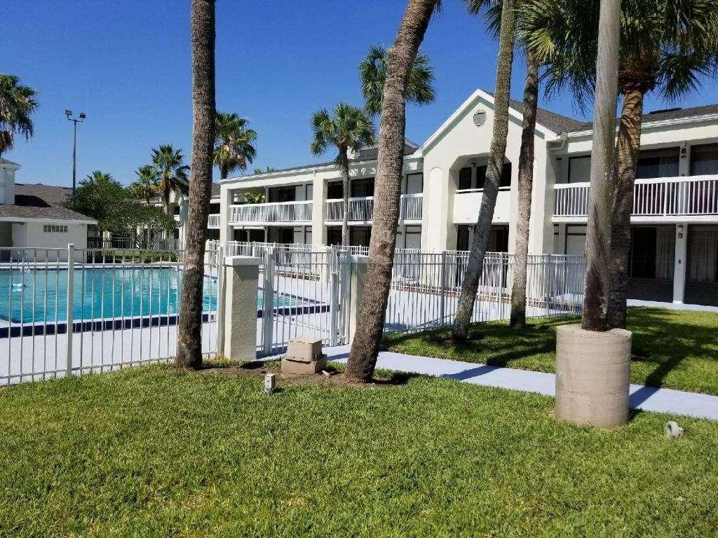 Best Hotels to Stay in Kissimmee - Greenpoint Hotel Kissimmee
