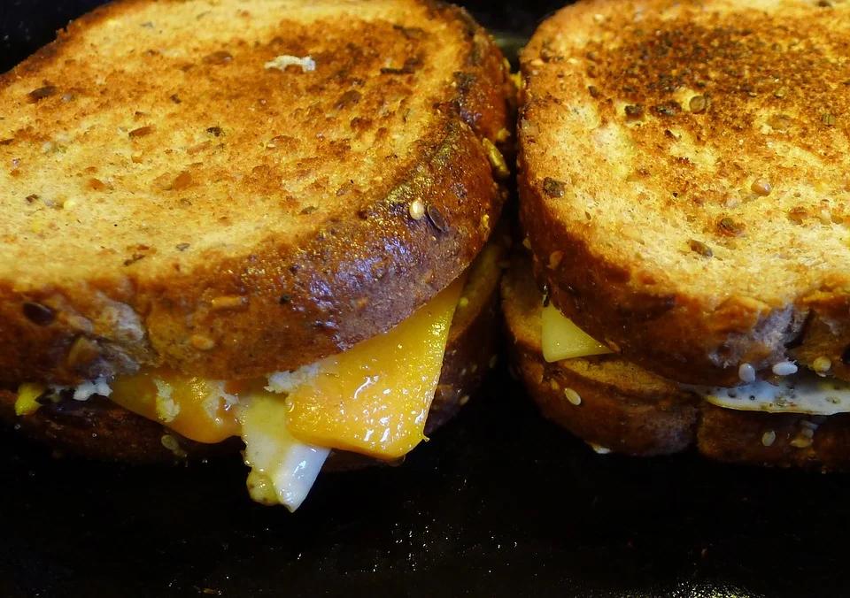 Grilled Bombay Sandwich at Khau Gallis Must-Visit Street Food Joints in Mumbai