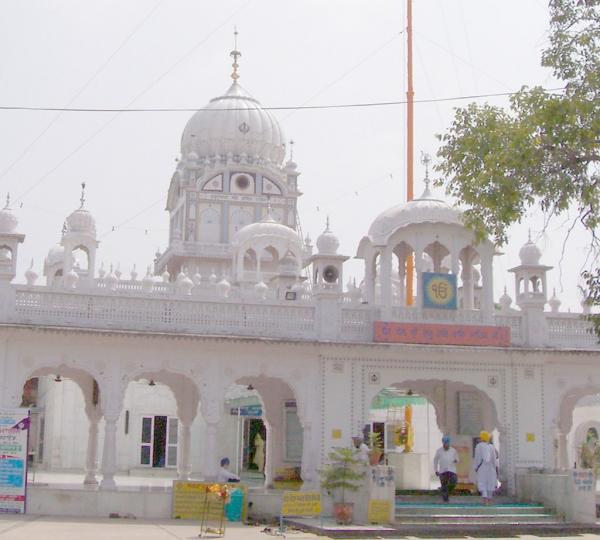 Must-Visit Place in Mohali-Gurudwara Amb Sahib