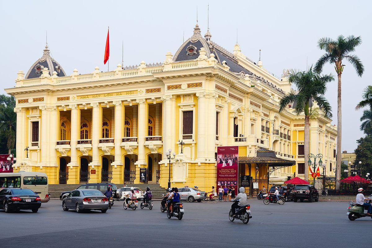Top Nightlife Place To Have Fun in Hanoi-Hanoi Opera House