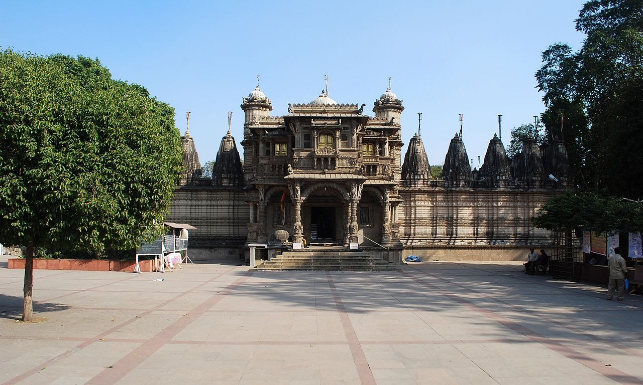 Best Place To See In Vadnagar-Hathi Jain Temple