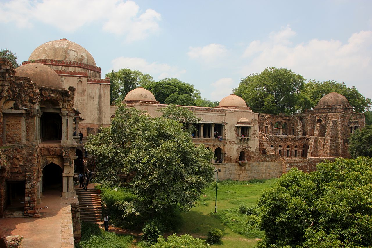 Best Sightseeing Destination in New Delhi-Hauz Khaz