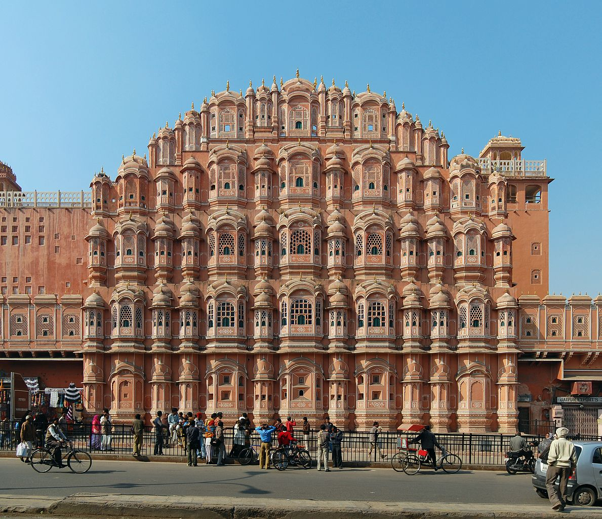 Beautiful Palace To Visit In Jaipur-Hawa Mahal