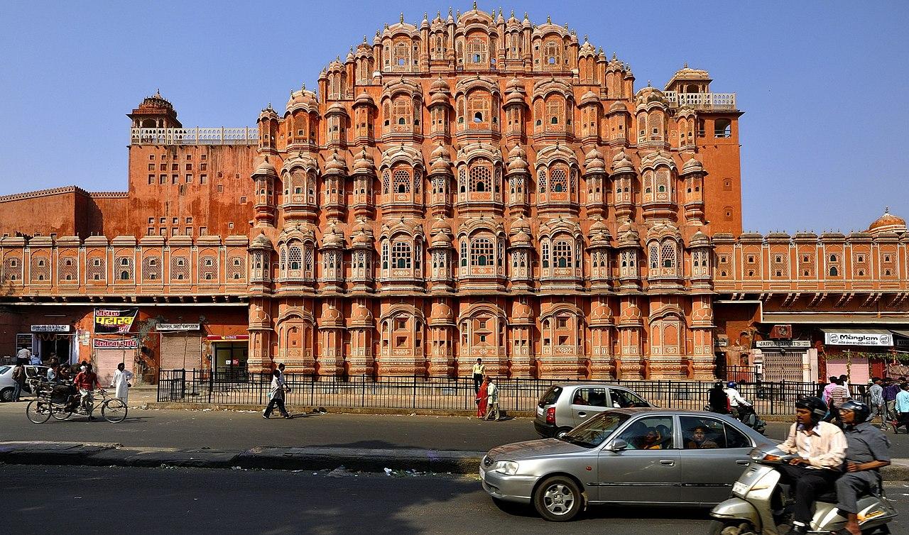 Famous Weekend Getaway from Gwalior-Hawa Mahal, Jaipur