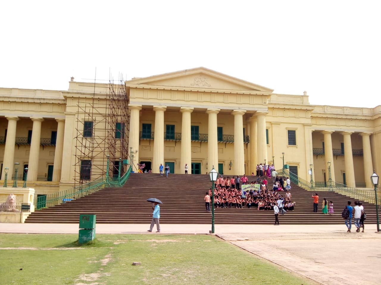 Top Historical Monuments to See in West Bengal-Hazarduari Palace