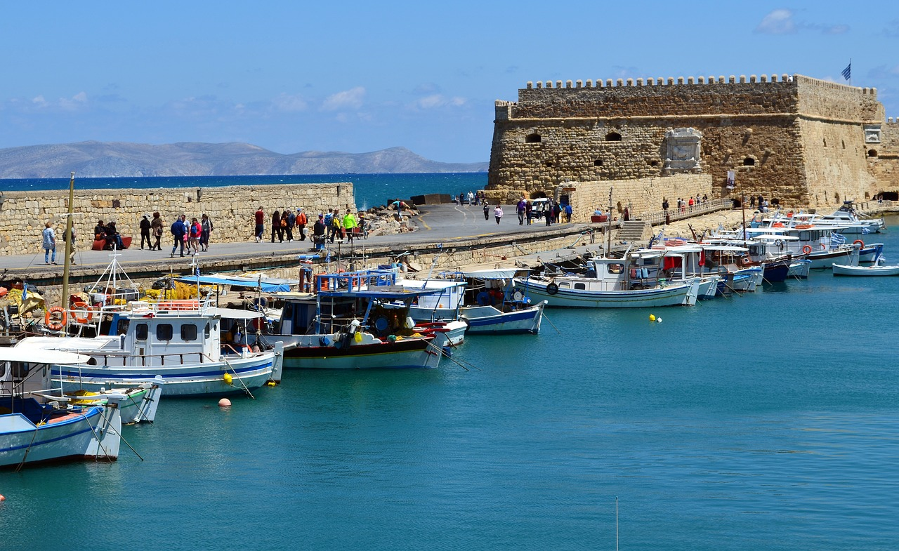 Heraklion - Best Place To Visit in Crete Islands