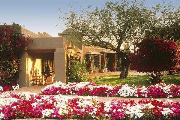 Best Hotel To Stay In Phoenix-Hermosa Inn