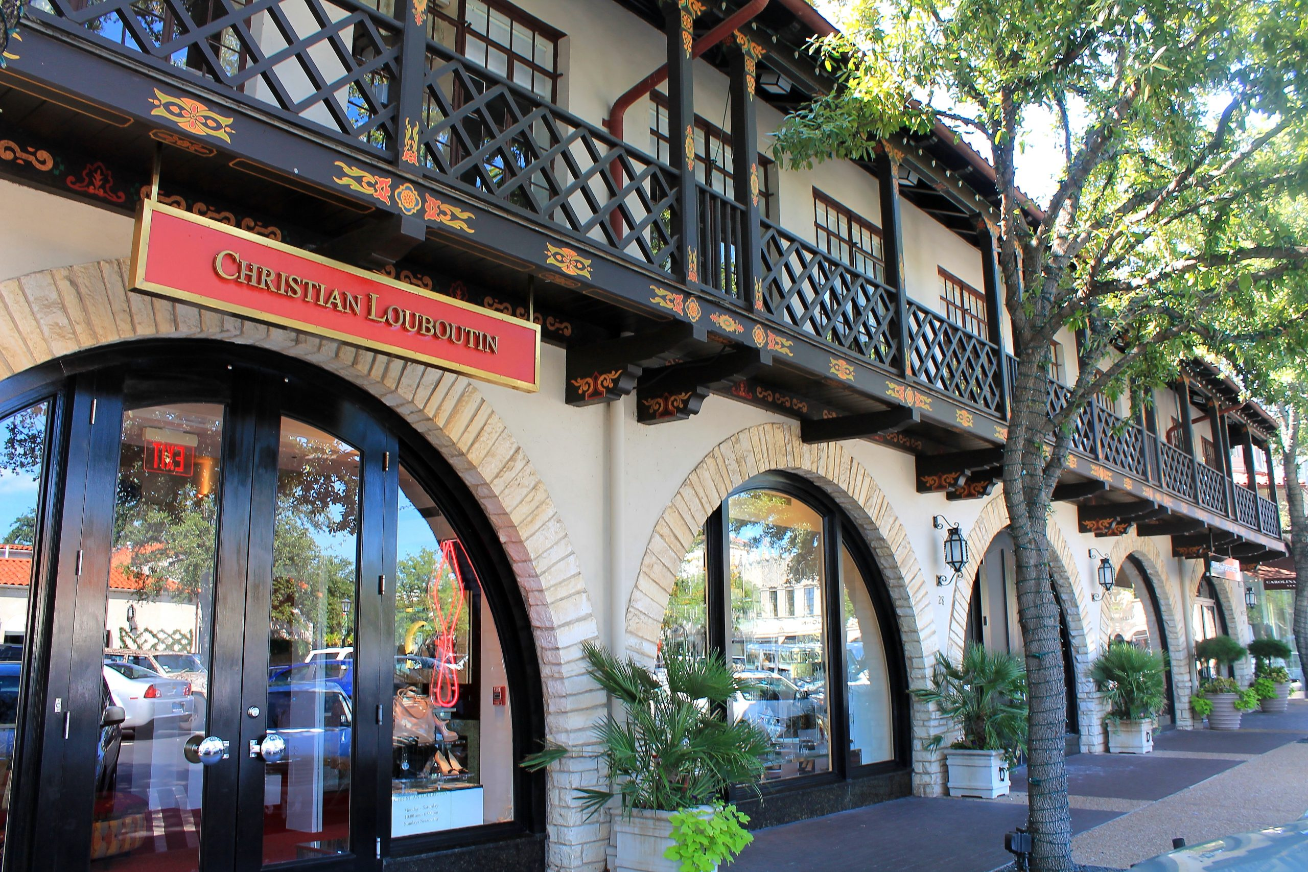 Highland Park Village - Place To Shop In Dallas