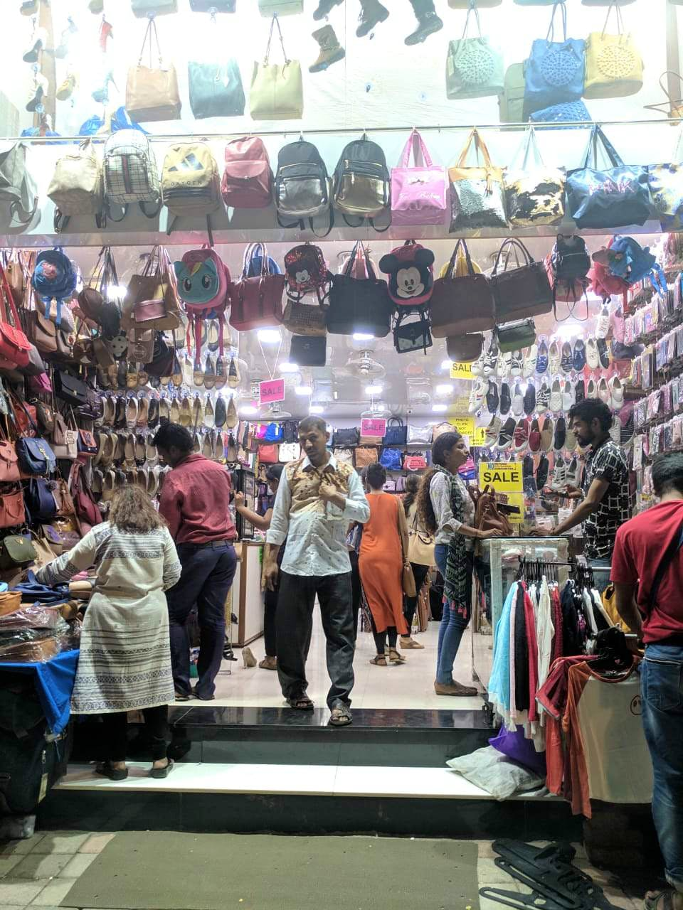 Hill Road Shopping Place in Mumbai