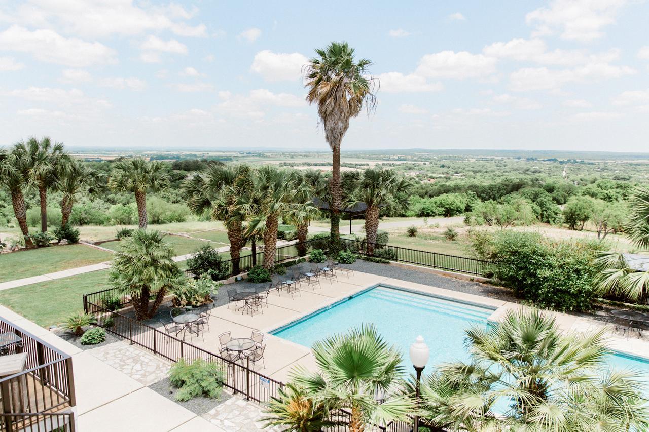 Popular Wedding Venue In San Antonio-Hillside Boutique Hotel