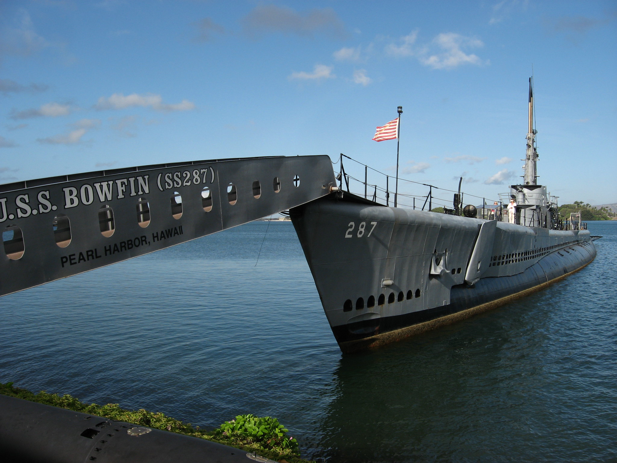 Top Place to Visit In Hawaii-Historic Pearl Harbour