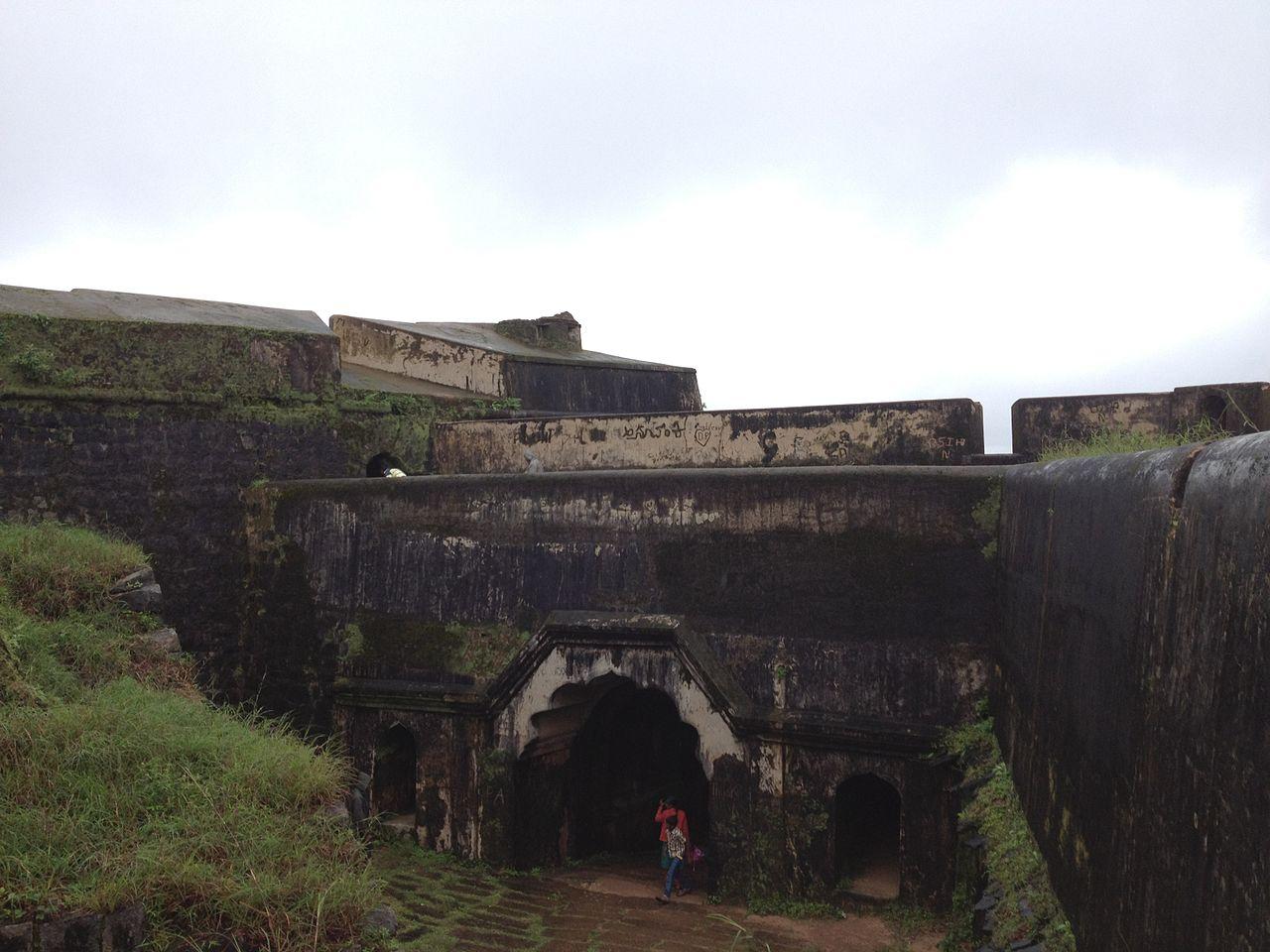 Manjarabad Fort-Historical Significance