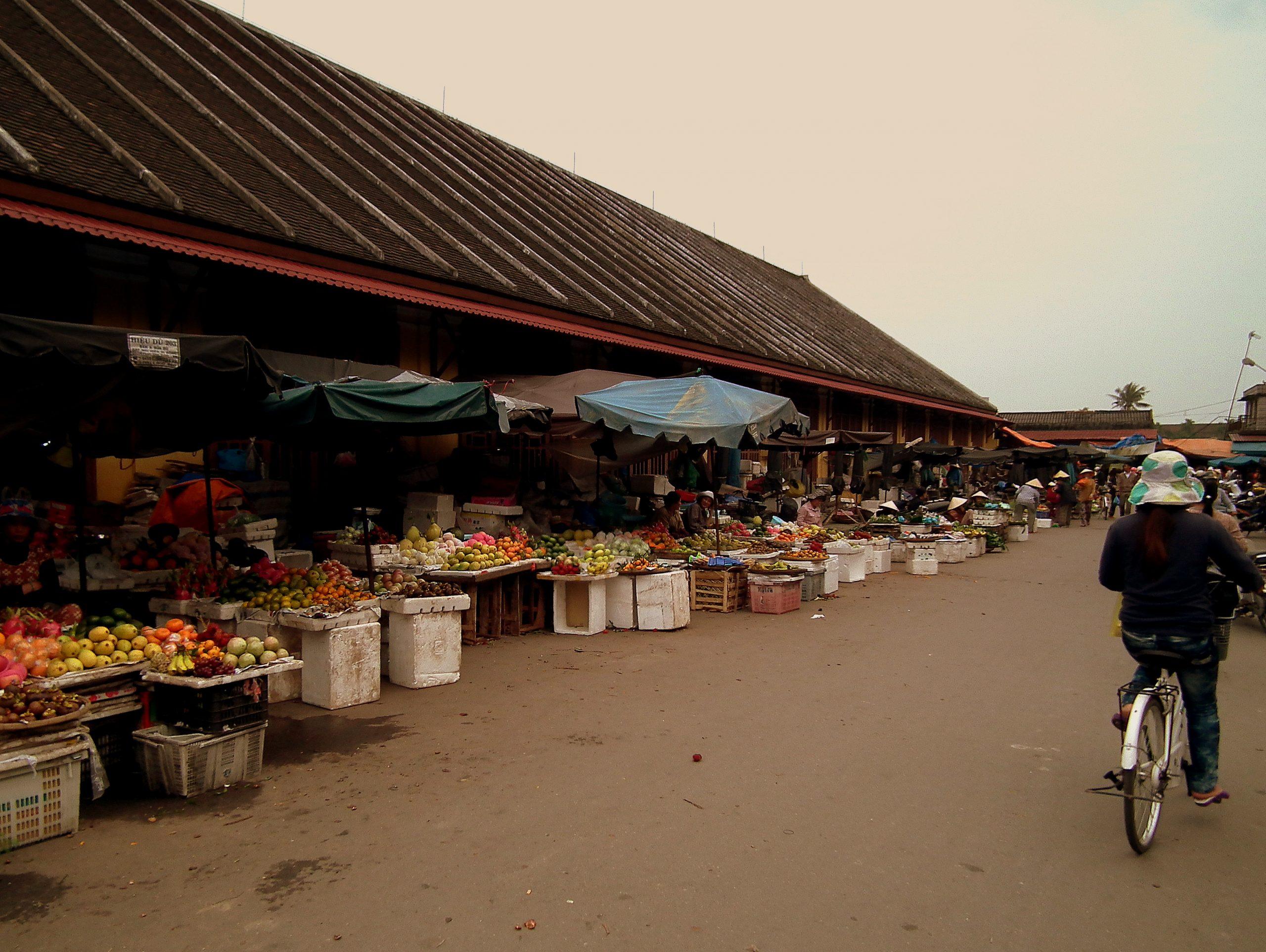 Hoi An Market Best Shopping in Vietnam