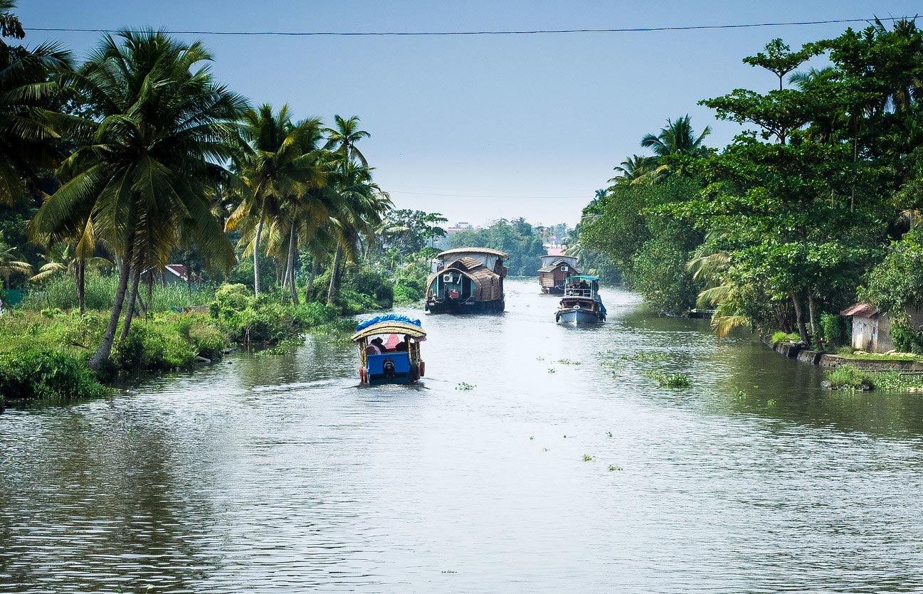 Best Houseboat in Alleppey-Holiday Cruise Alleppey