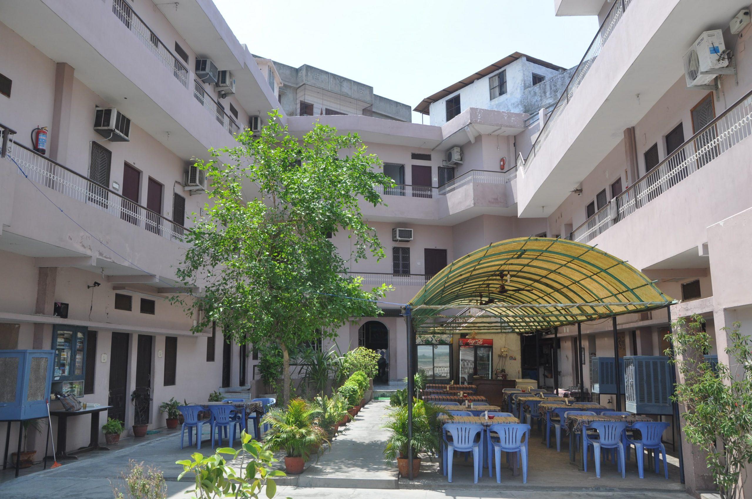Hotel Alka Best Budget Hotel in Varanasi