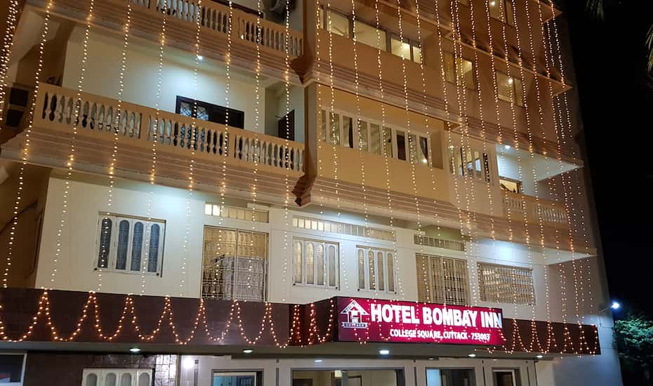 Famous Restaurant In Cuttack That One Must Try-Hotel Bombay Inn