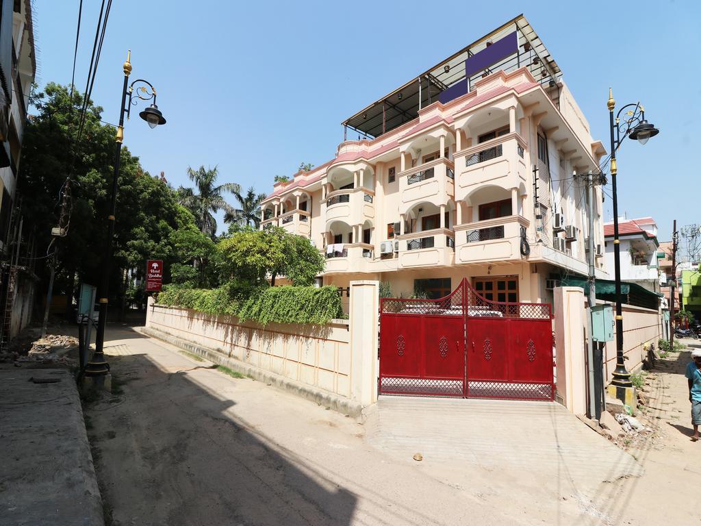 Hotel Buddha Best Mid-Range Hotel in Varanasi