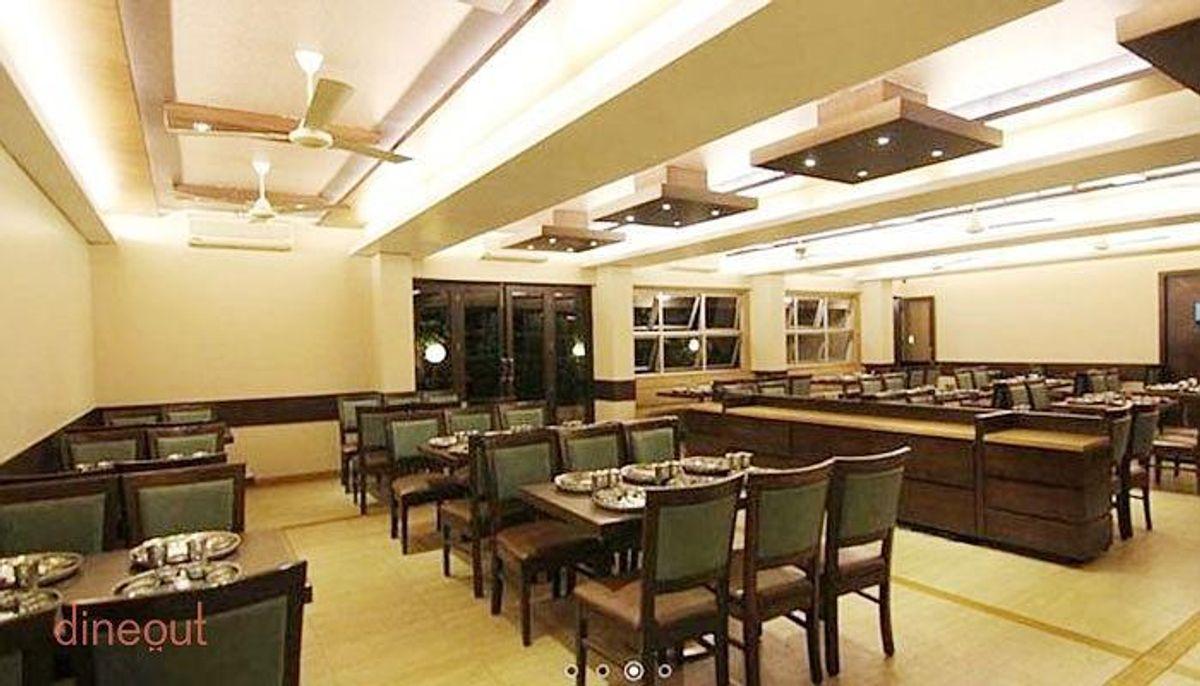 Best Restaurant in Lonavala-Hotel Chandralok Restaurant