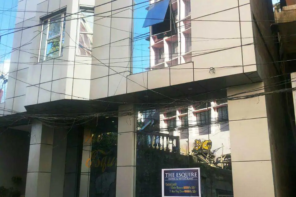 Hotel Esquire Best Mid-range hotel to stay in Aizawl