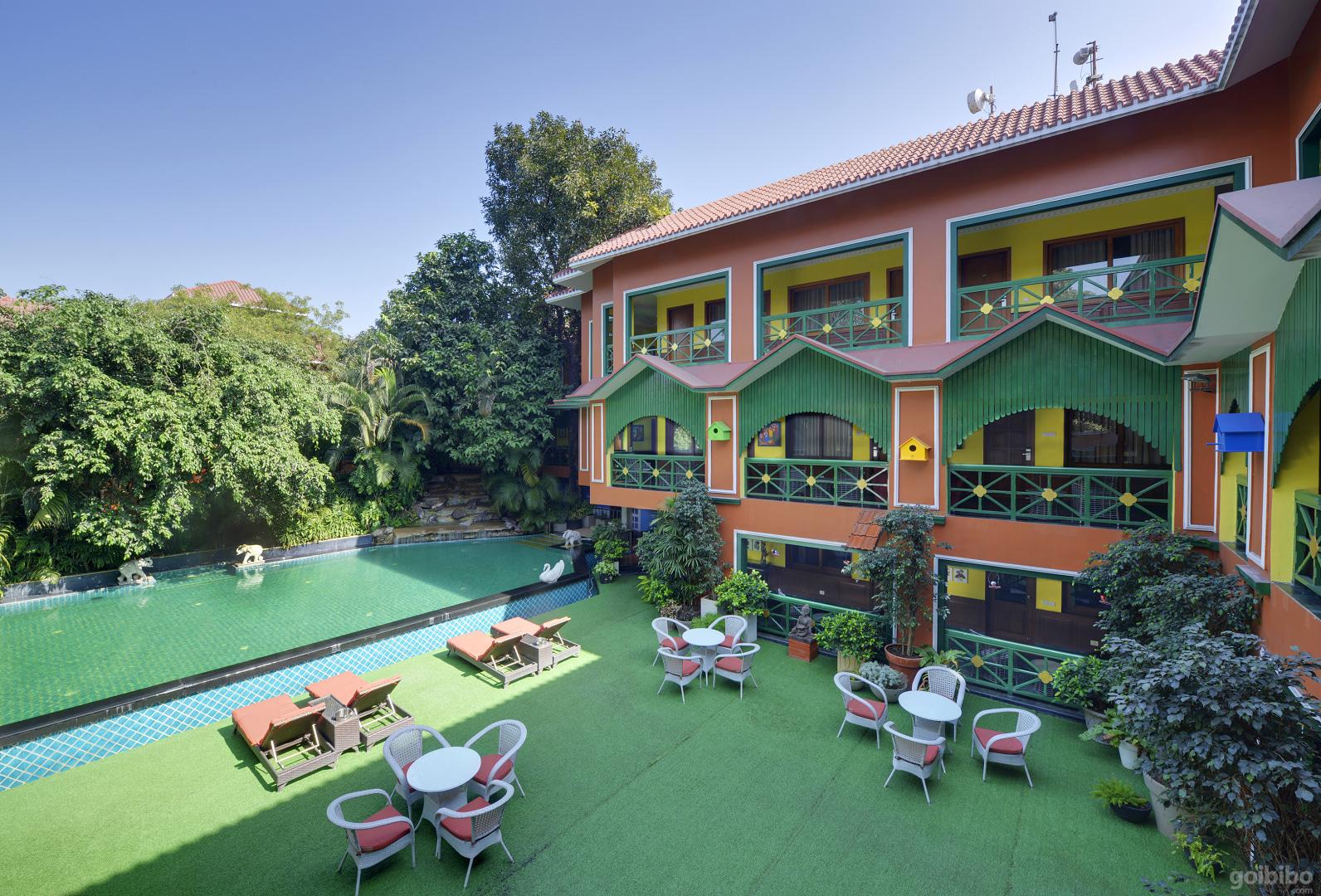 Best Luxury Hotels in Mahabaleshwar - Hotel Mayfair